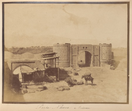 GATES TEHRAN - New Gate 1850s by Luigi Pesce - Collection Getty