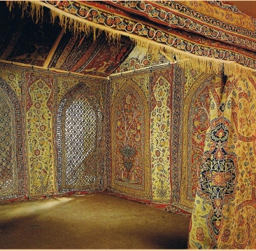 A royal tent of Muhammad Shah, produced between 1834-1848 (Collection: Victoria & Albert Museum, London)